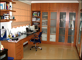 Malaysia Built In Wardrobe Cum Study Table Kitchen Design